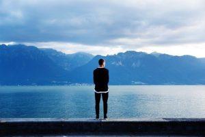 Standing pixabay solitude-455768_640