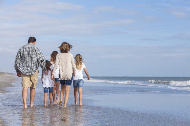 wife puts children ahead of husband - Adobe Stock