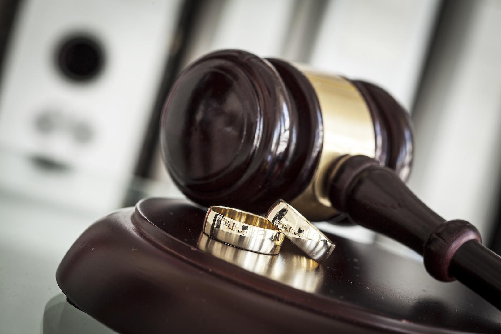 Divorce Court - AdobeStock_114416567