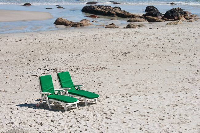 Pixabay honeymoon over beach-695765_1280