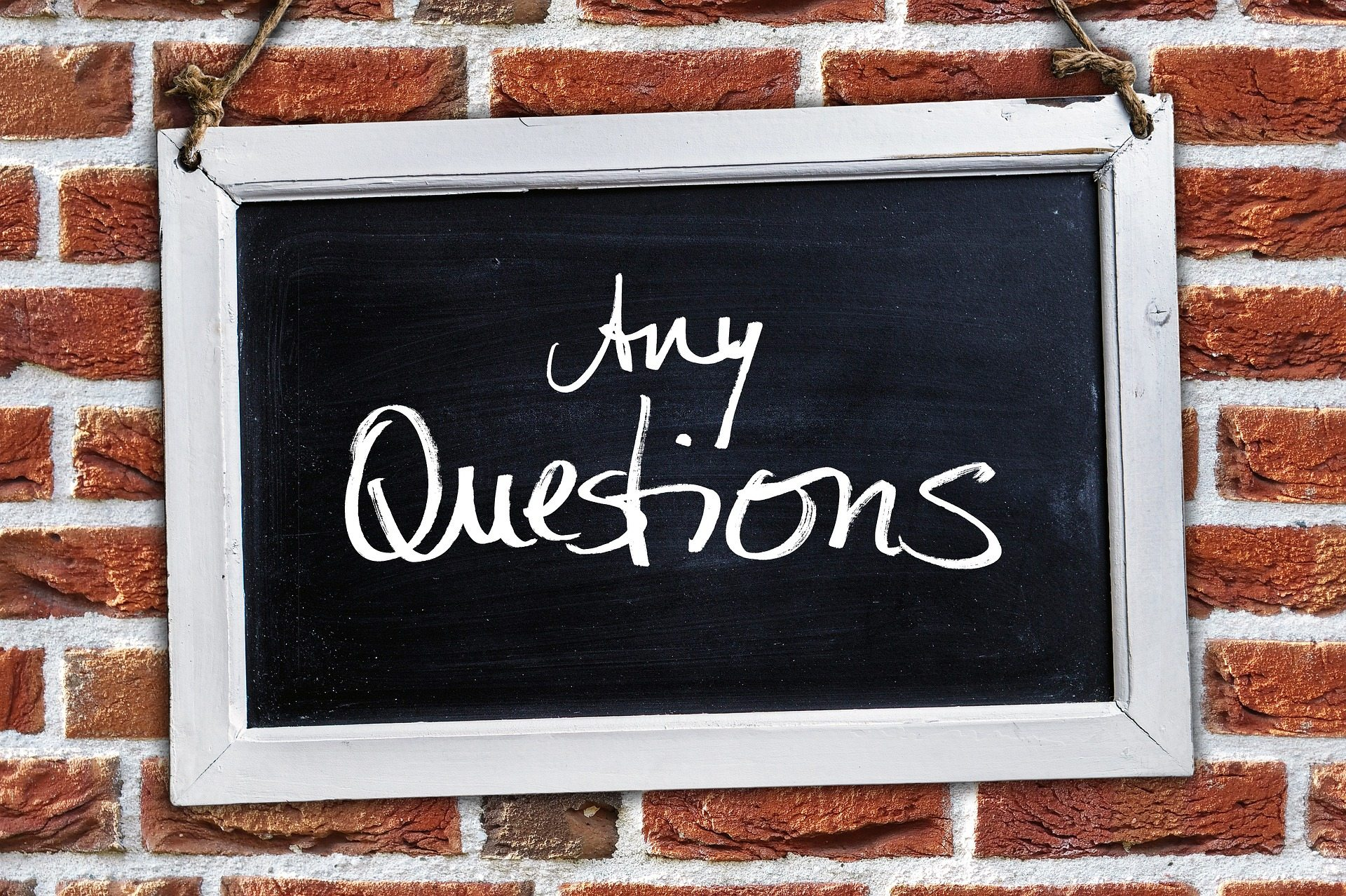 short question Pixabay - questions-2408093_1920
