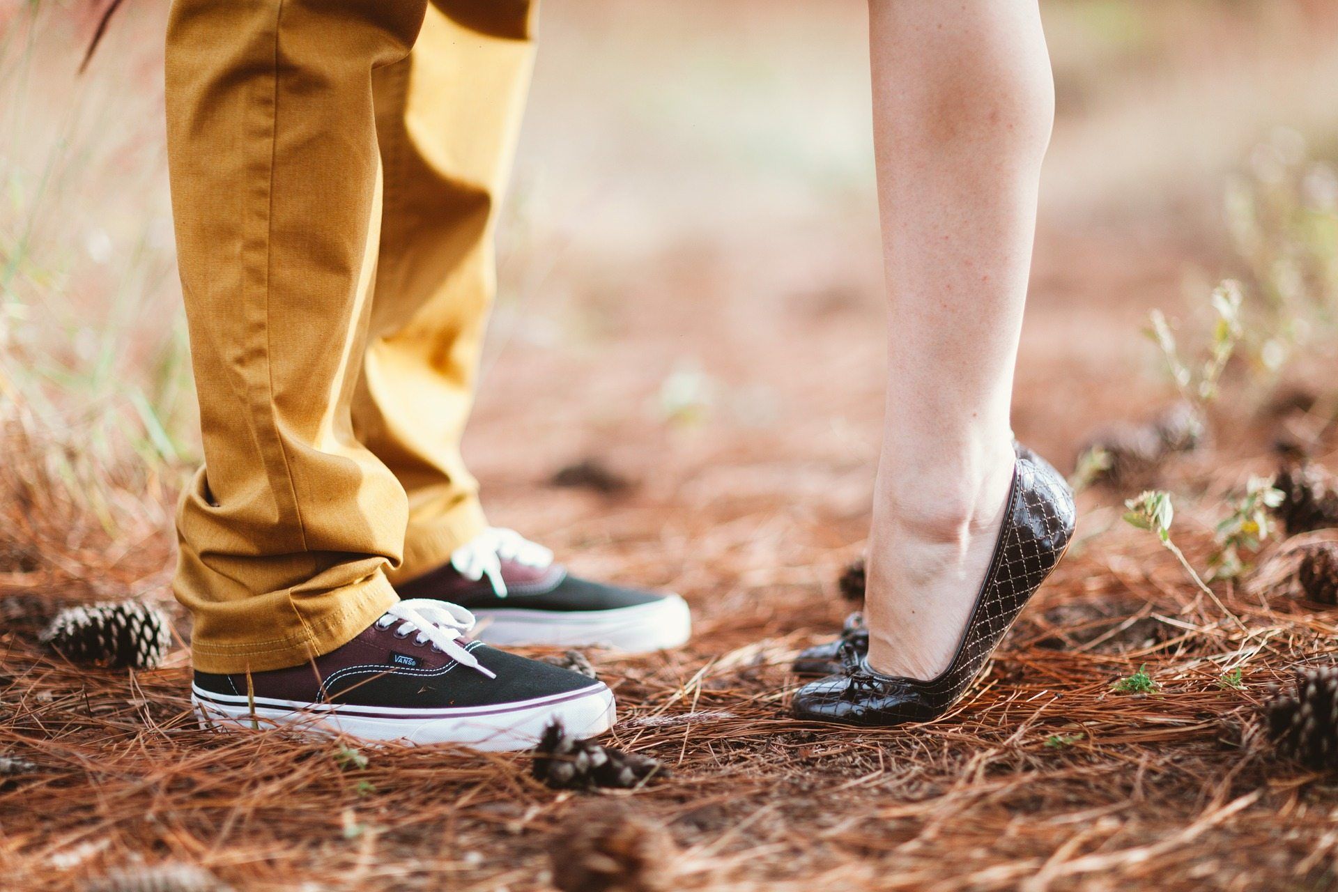 Christians marrying young Pixabay feet-1779064_1920