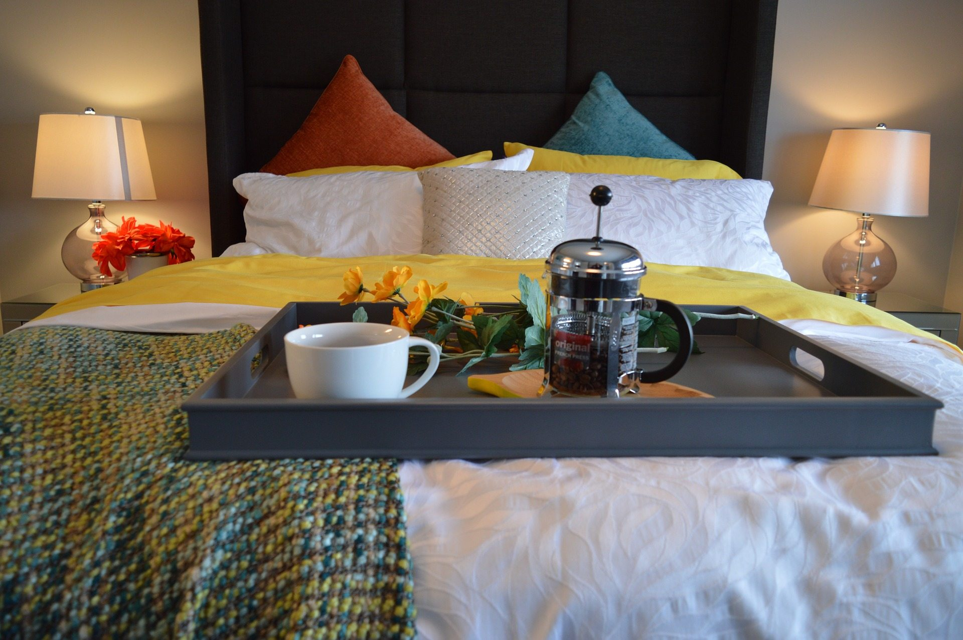 Romantically challenged spouses Pixabay breakfast-in-bed-1158270_1920