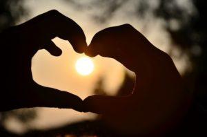 Pixabay - heart-583895_640