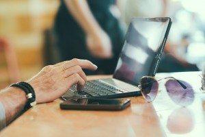 Social Media Testimonies Pixabay laptop-731904_640