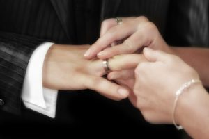 Hard times Pixabay - wedding-540905_640