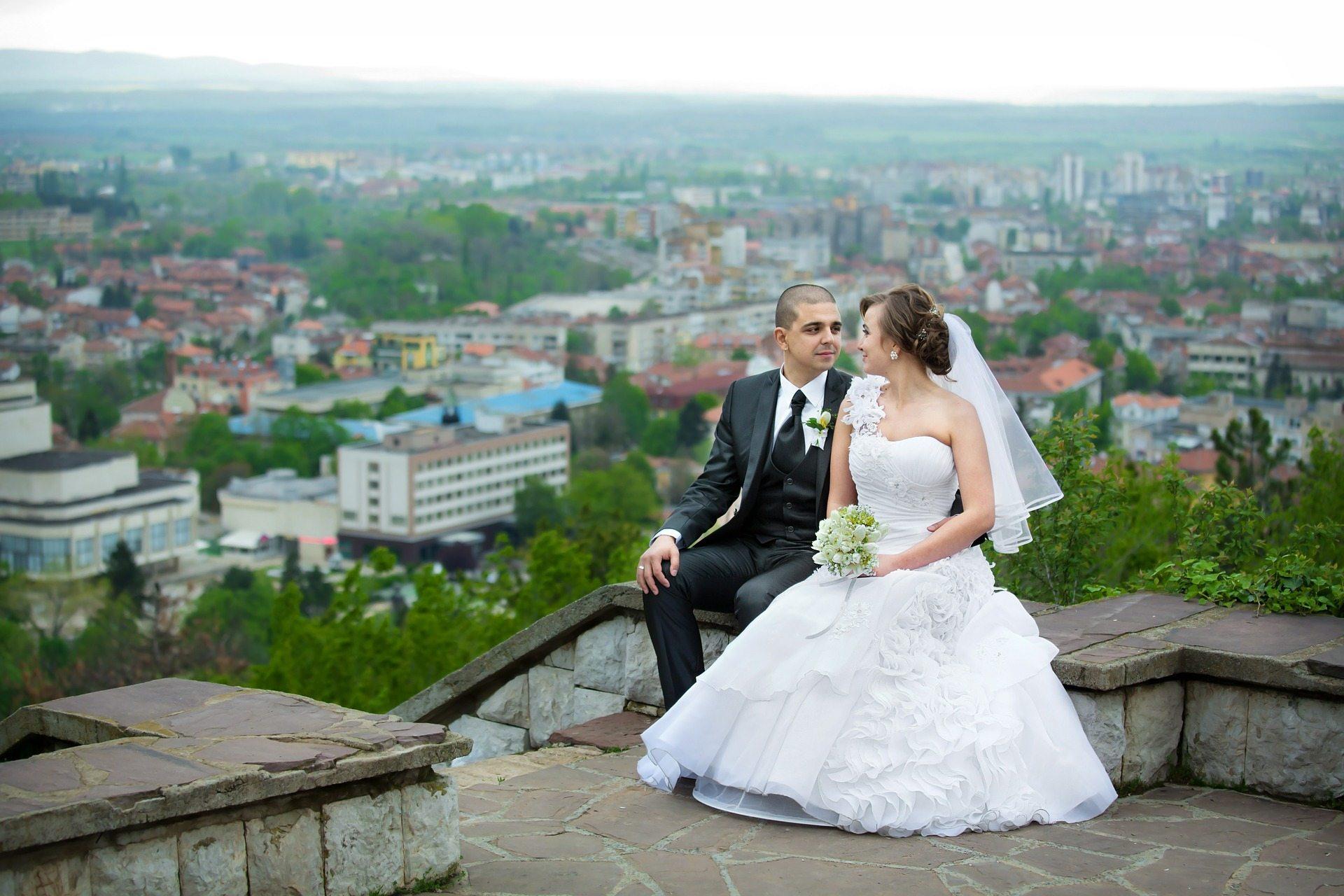 newlyweds-608785_1920 Pixabay