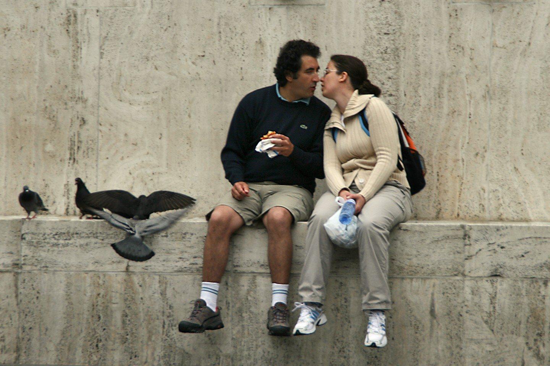 Spring romantic dating Ideas morgue file0002015988249