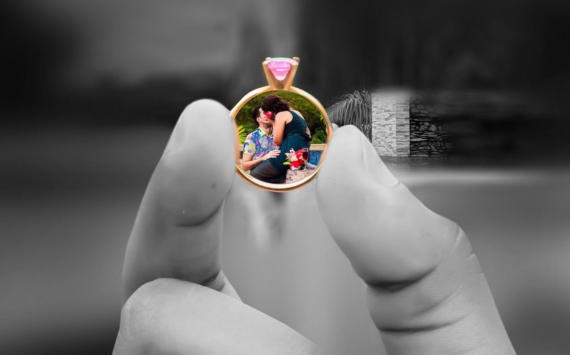 Marital connection Pixabay wedding-1612675_1920