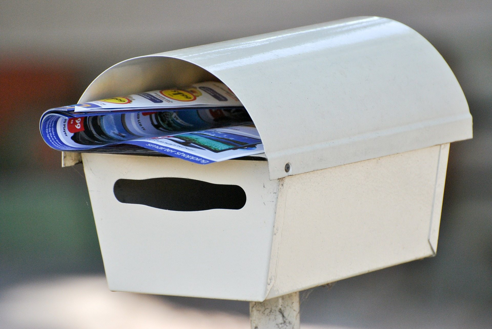 junk mail stinking thinking Pixabay letterbox-211428_1920