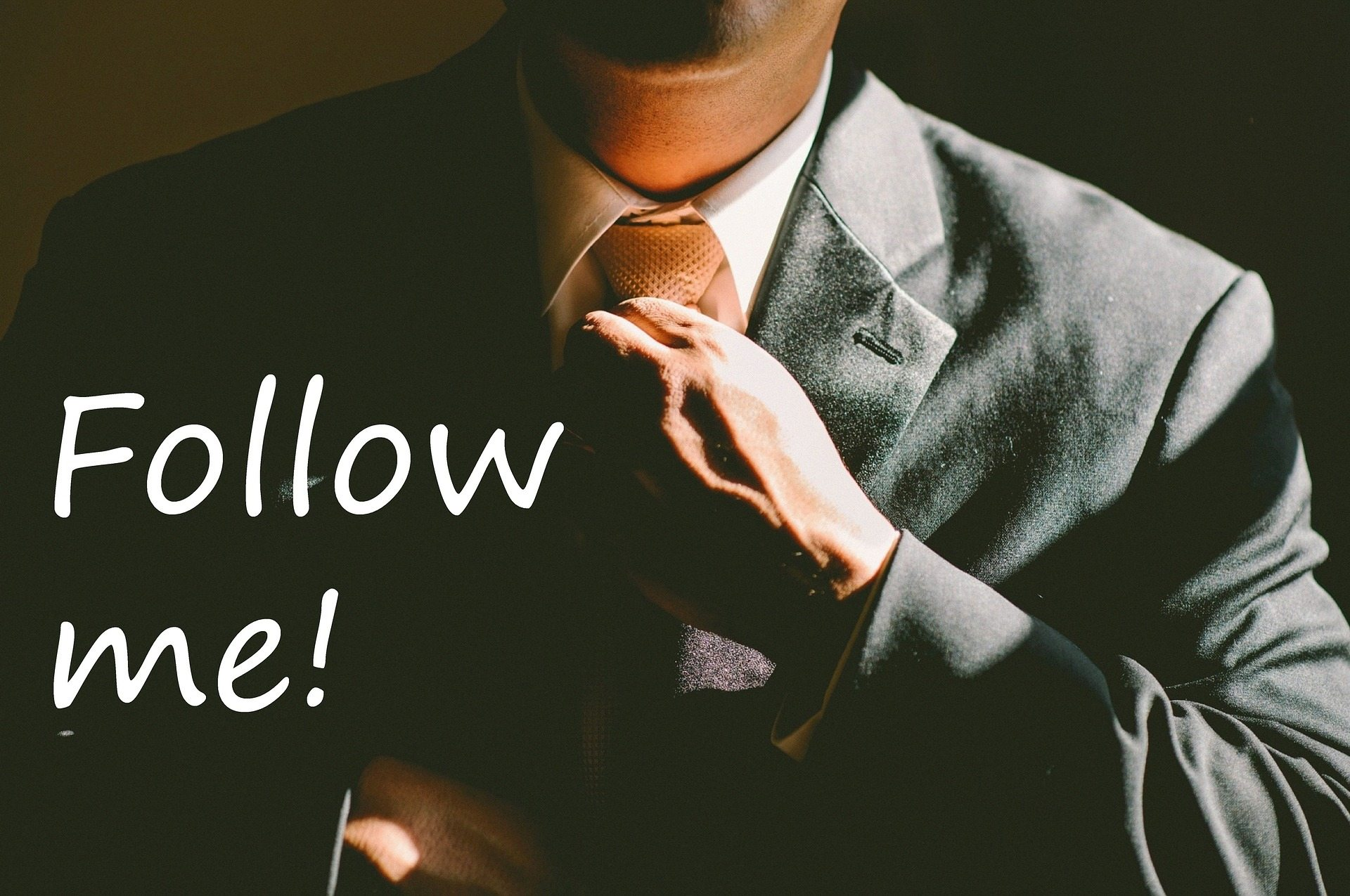 Setting an example Pixabay leadership-913043_1920