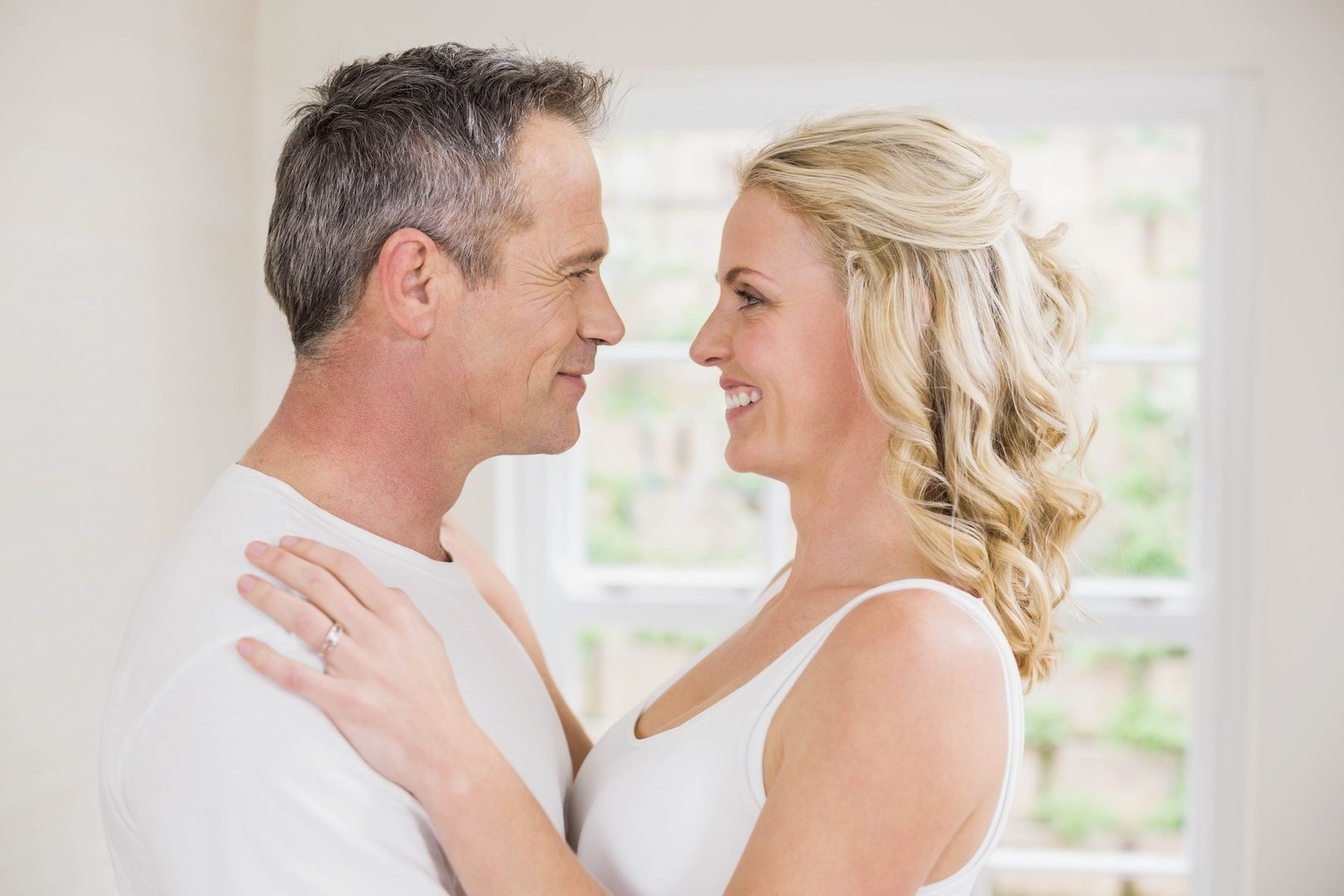 Greet Spouse AdobeStock_104479179 copy