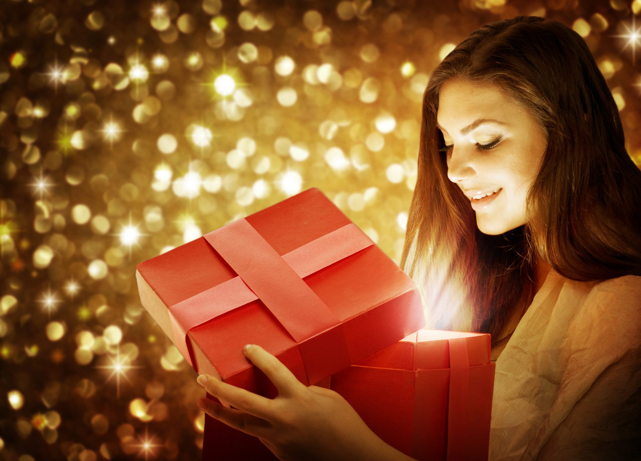 Christmas bonus marriage gift AdobeStock_27979881 copy